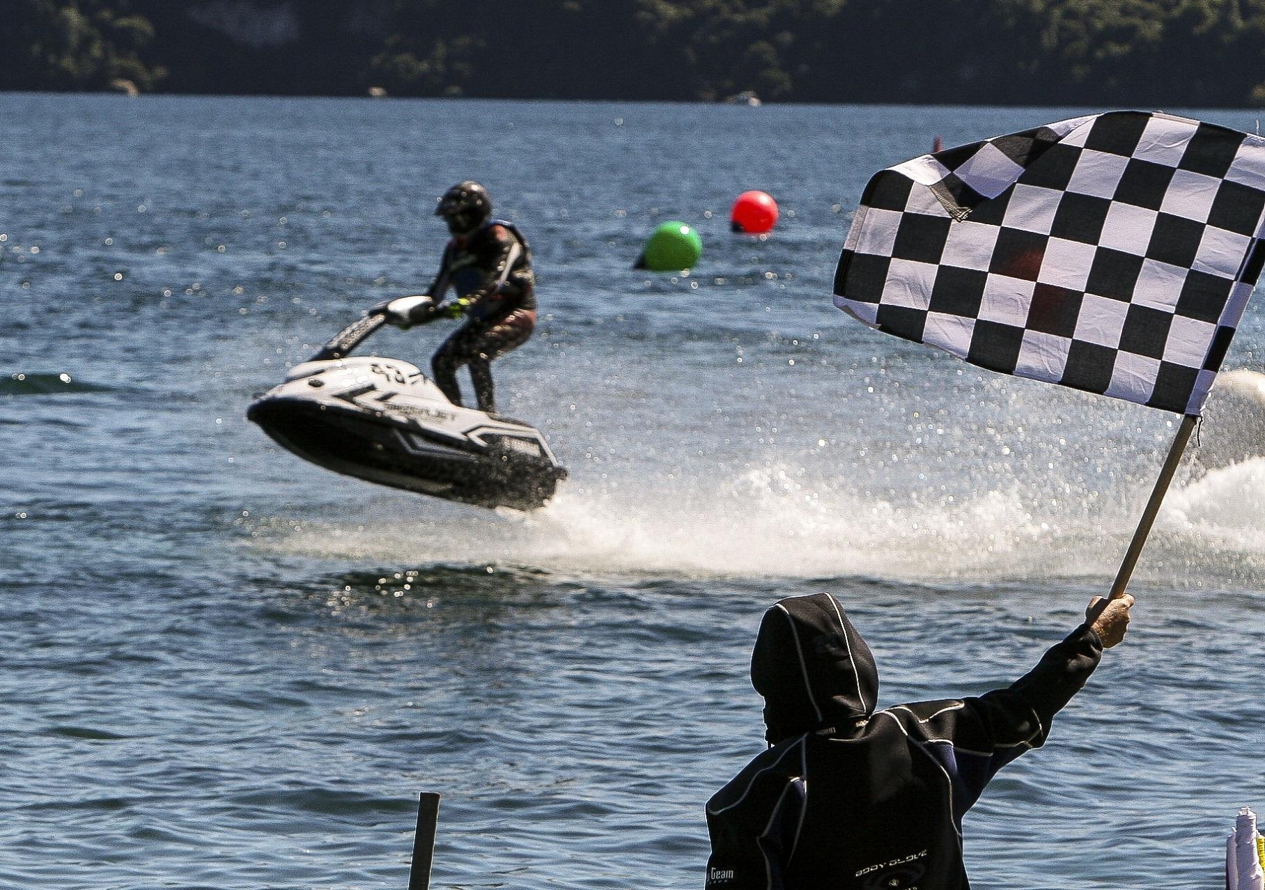 About Us - Jet Ski Racing Nz, Racing Alongside Nz Power Boats