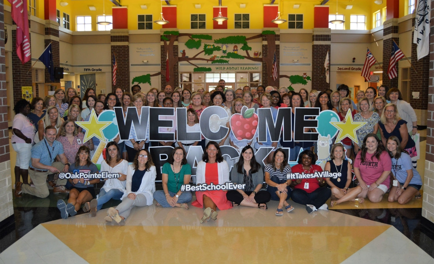 Oak Pointe Elementary / Homepage