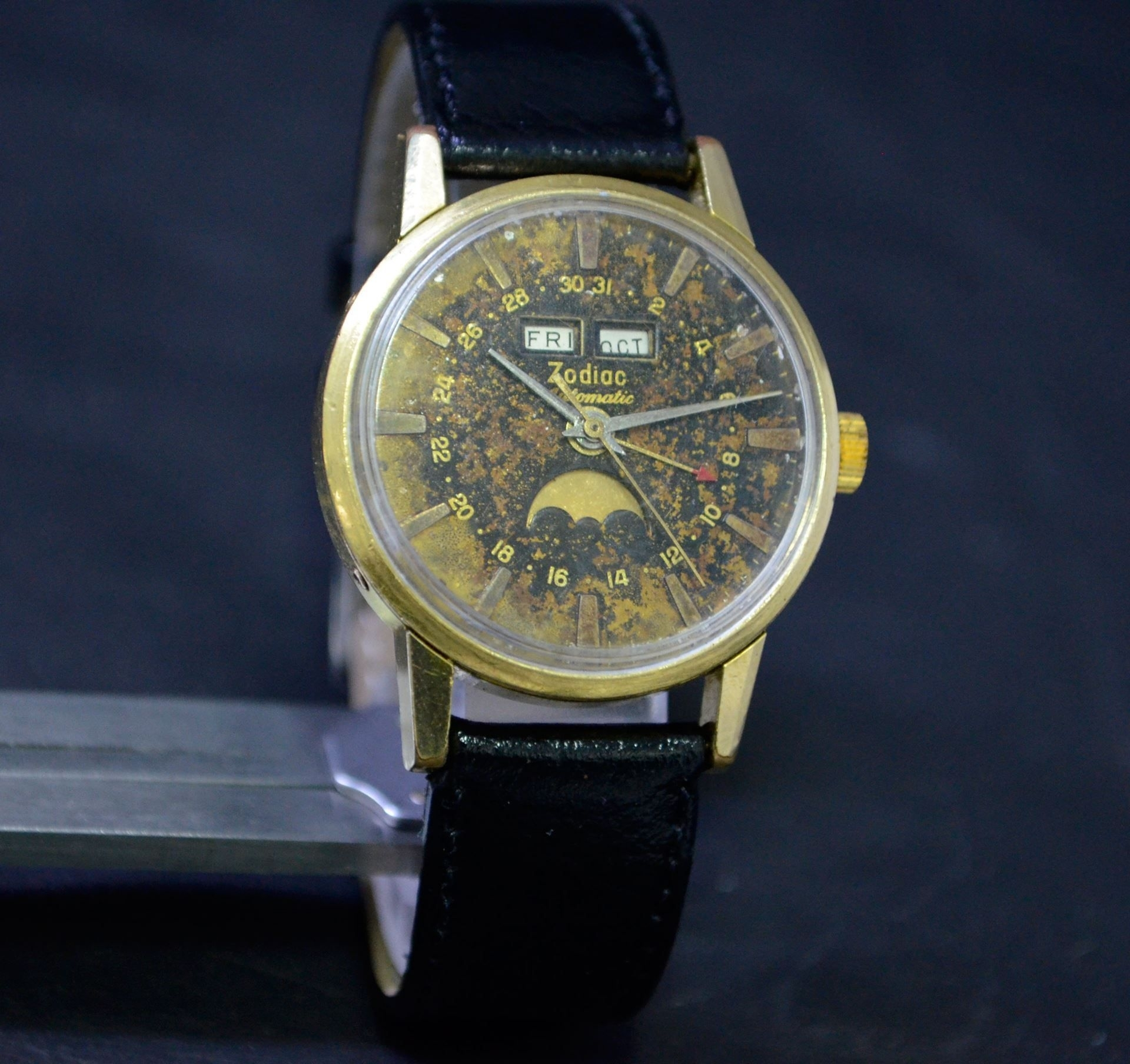 Zodiac Moon Phase Triple Date Automatic Swiss Watch | Moon