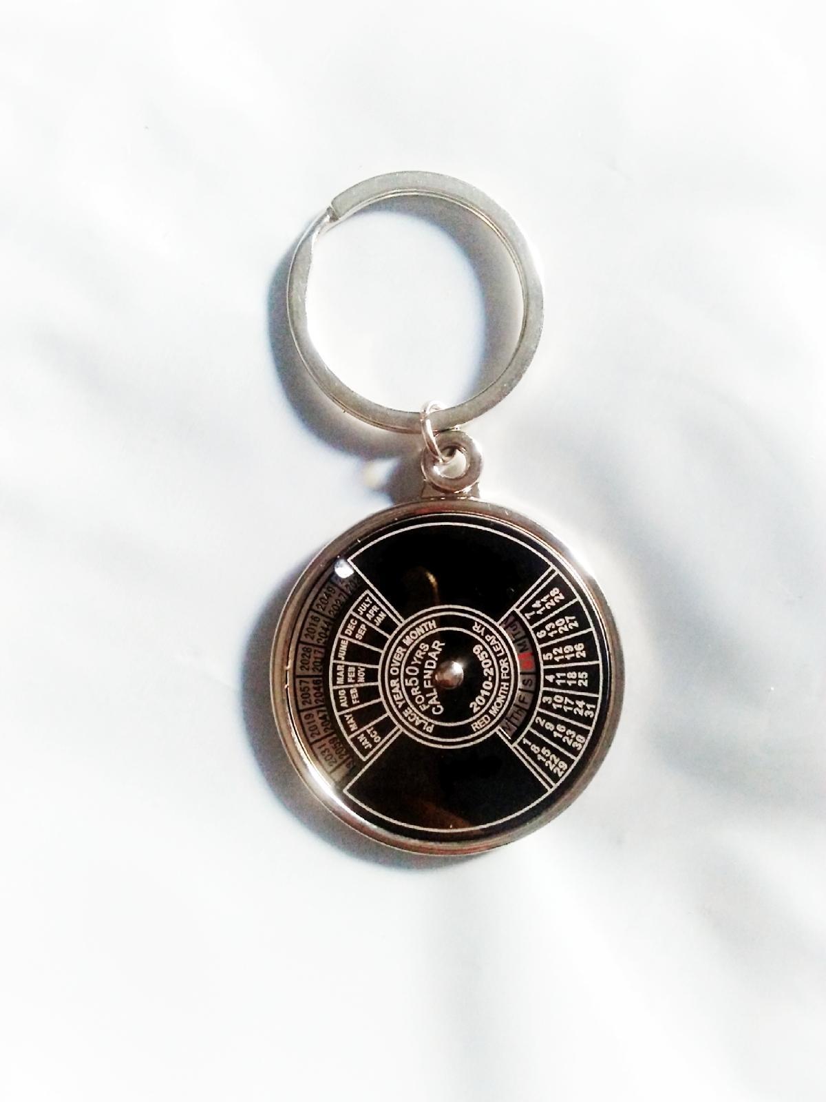50 Year Calendar Keychain Price In Pakistan   Calendar
