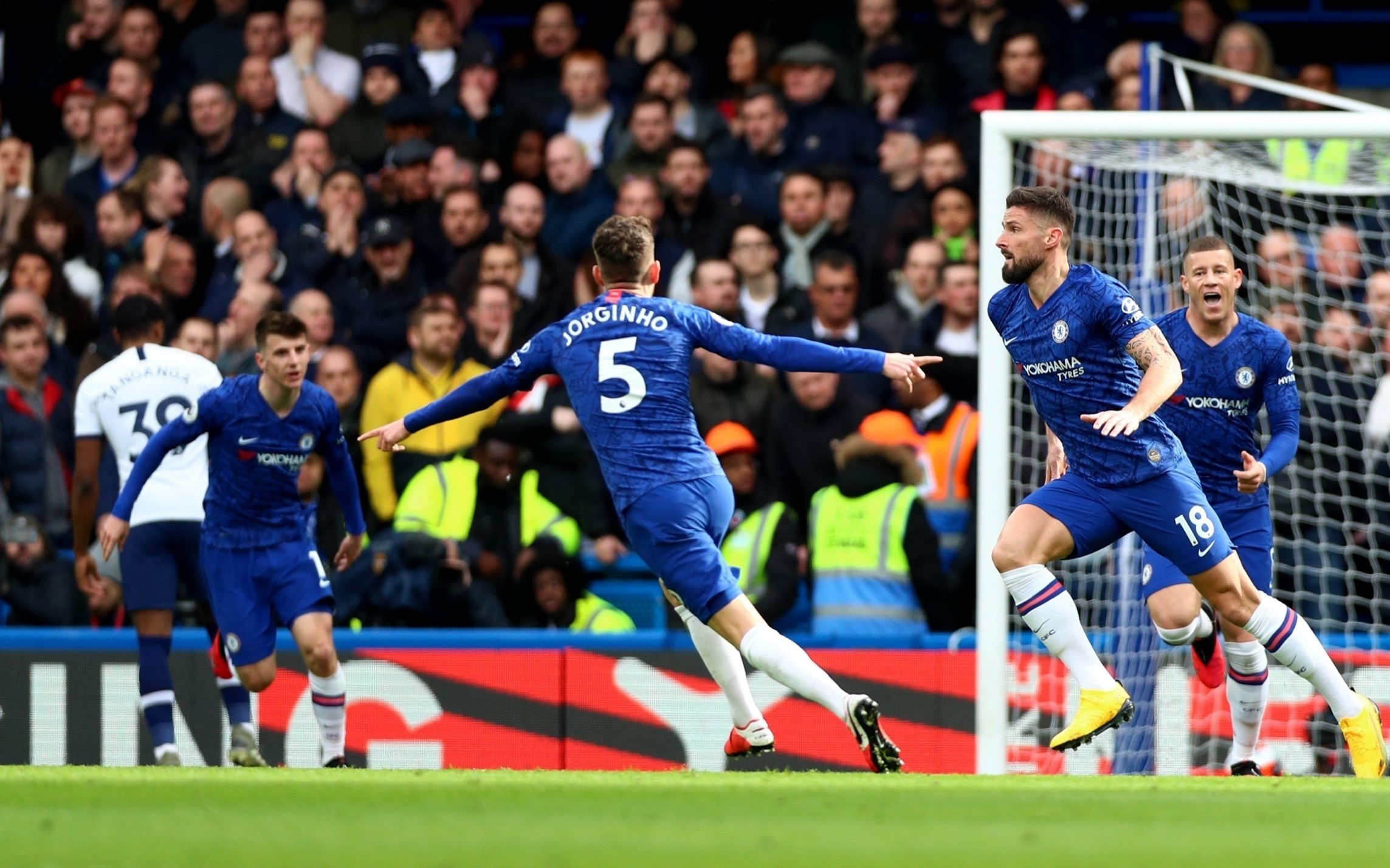 Chelsea Hold Their Nerve To Beat Tottenham On Jose