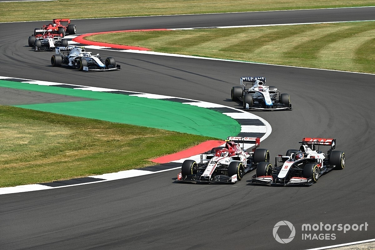 "F1 Chief Carey ""Close To Finalizing"" 2021 Race Calendar"