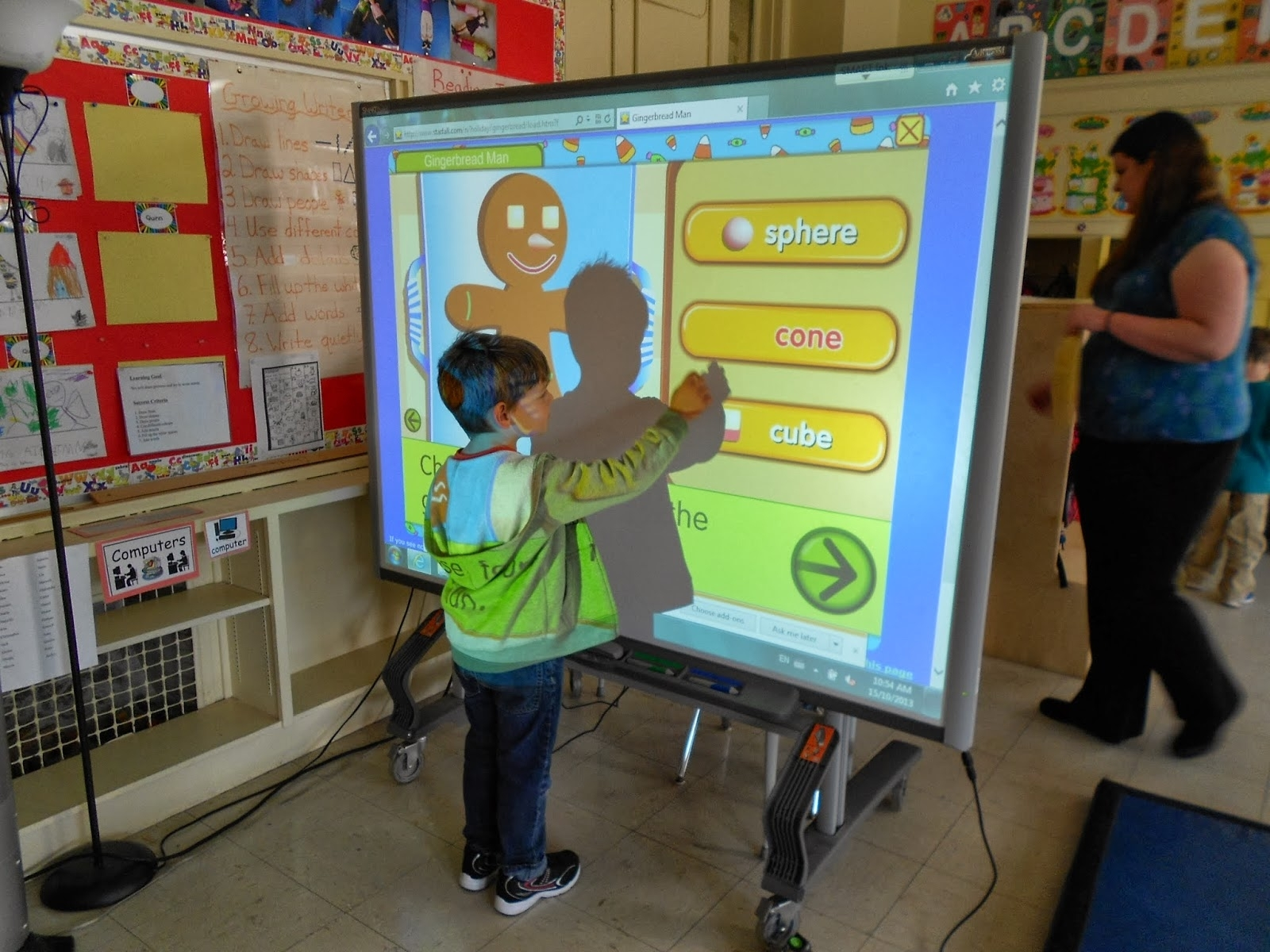 Kids Learning Through Play: Smartboard